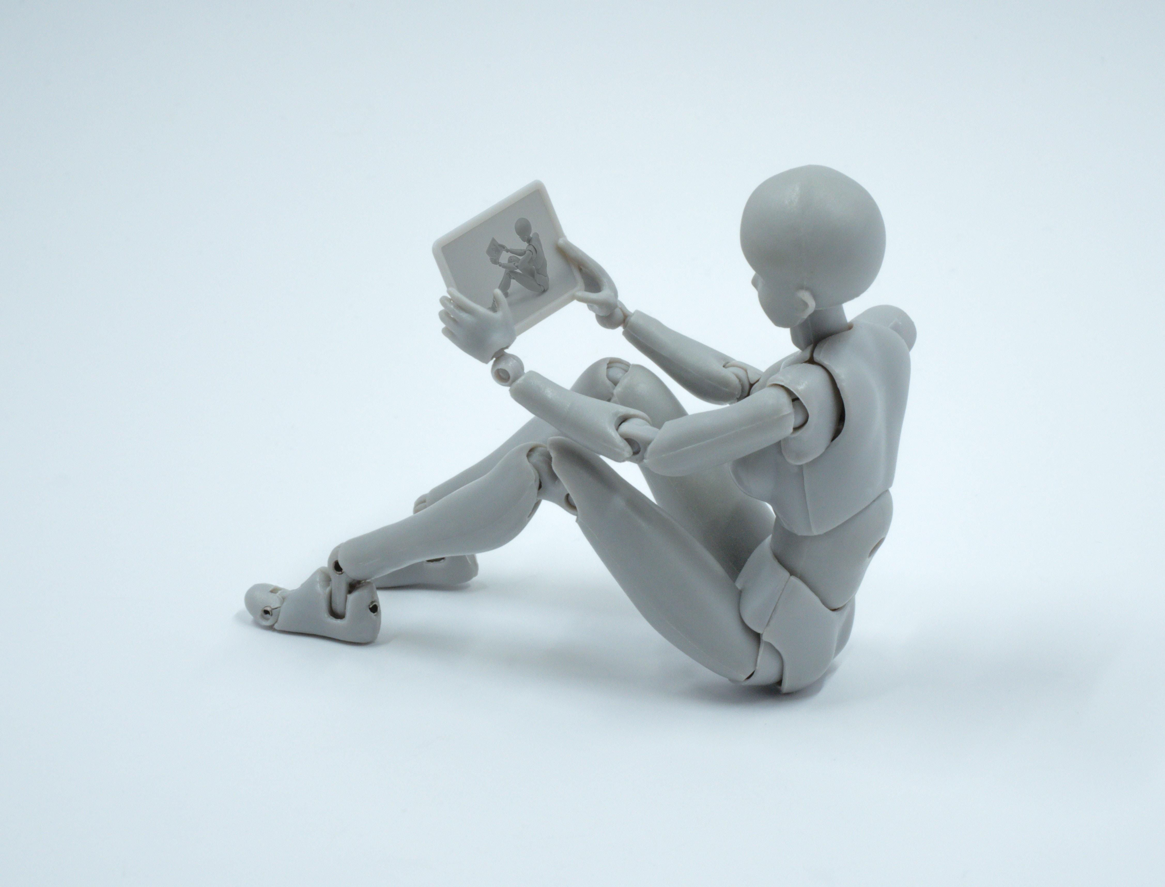 """""""Le robot est un selfie de l'homme moderne"""" - Entretien avec Véronique Aubergé"""