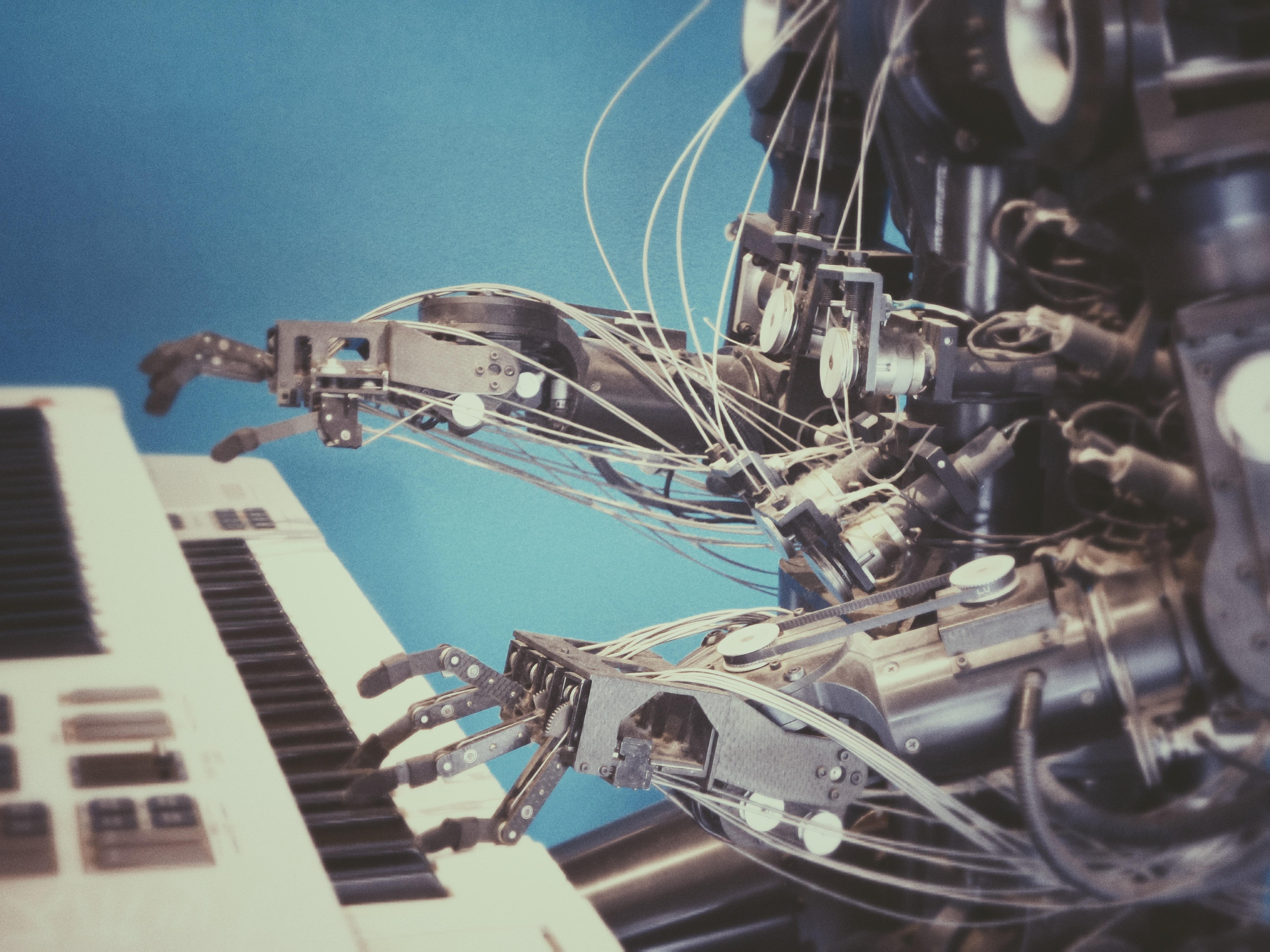 Robotique sociale : instrumentaliser l'inutile ?